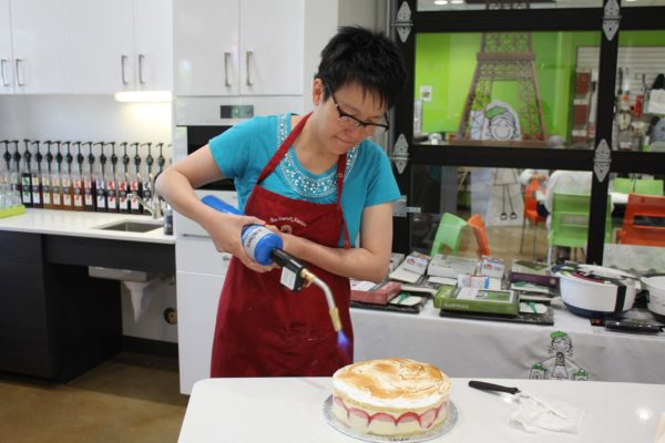 Strawberry Cake Class 08 (Copy)